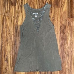 💰 3/$25 | American Eagle | V-Neck Tank | Womens
